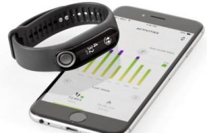 The TomTom Touch fitness tracker makes BCA (Body Composition Analysis) more accessible