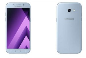 The Galaxy A5 comes with a smaller screen size of 5.2-inch