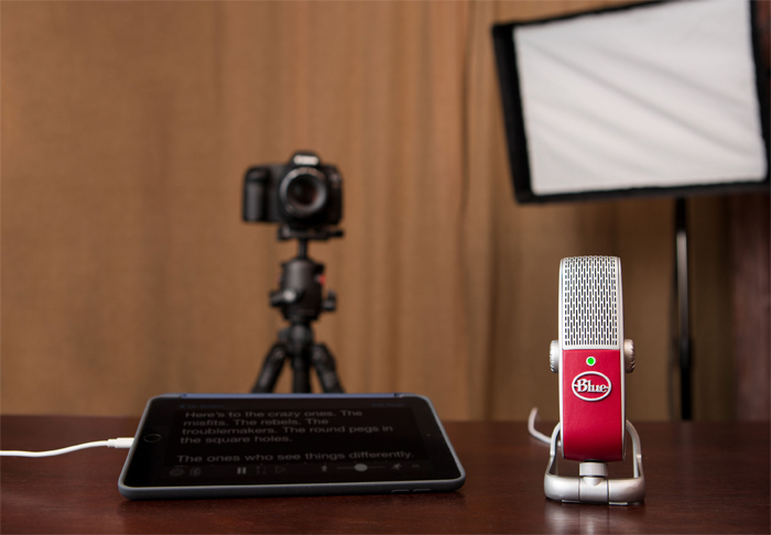 Blue Raspberry: This portable microphone makes voice